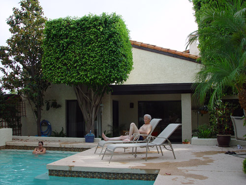 My aunt and uncle have this nice villa in Phoenix (Arizona) - very nice ...!